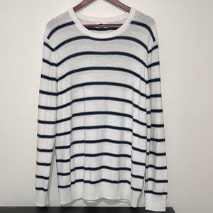 EUC Old Navy Sweater Large